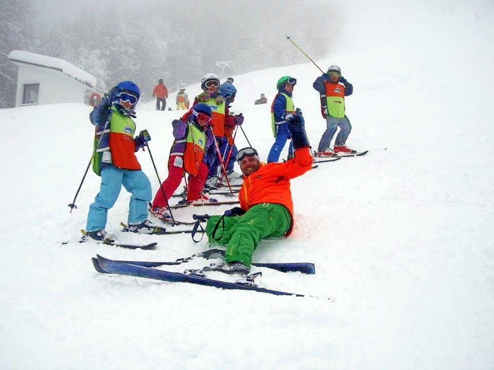 skiteam.gr-ski-academy-thessaloniki-6th-weekend-7&8-march-2015-3-5-pigadia-02